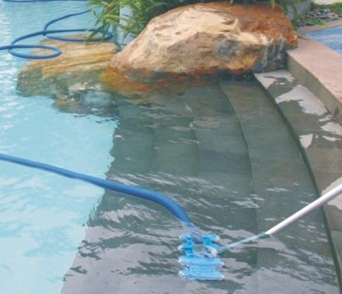 泳池清洁设备